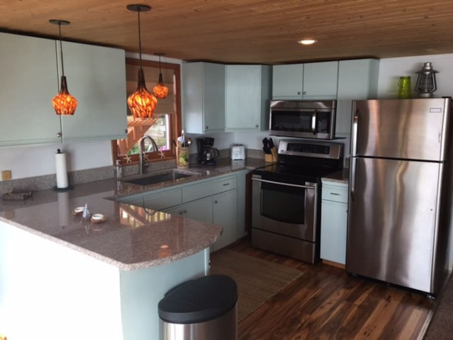 Recently Updated Kitchen with all New Appliances.