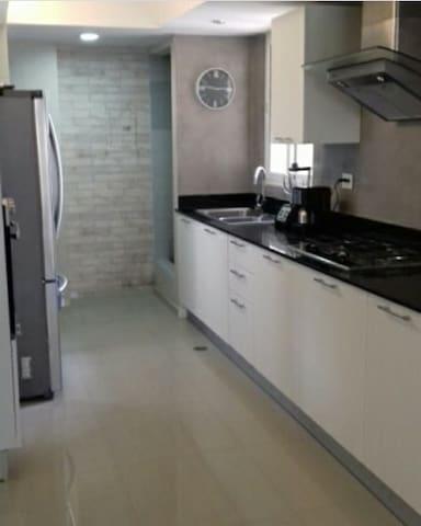 Apartamento remodelado en arriendo