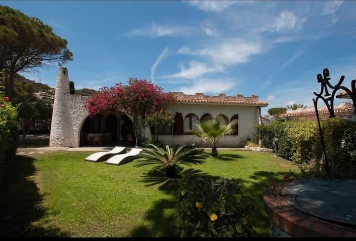 Villa singola a 50 passi dal mare