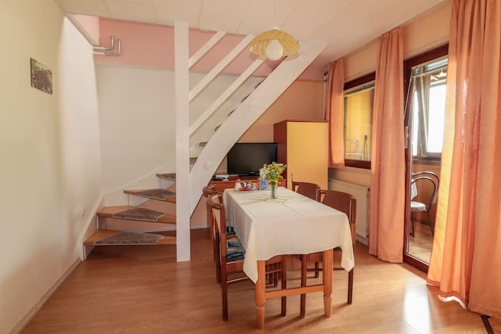 Jager apartments (Apartment for 3 guests)