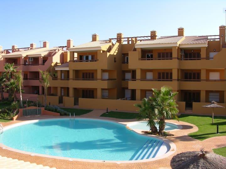 Apartment on 1st floor, balcony, free wifi, tv.