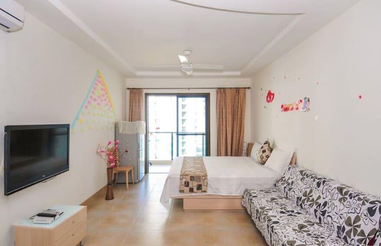 亲子家庭房  可住(3-4位)(连住3晚免费接机) - Sanya - Appartement