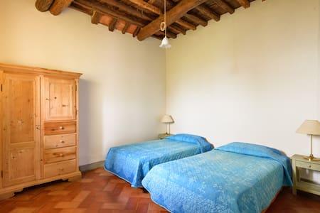 Cacciano Pergine Valdarno Tuscany - Pergine Valdarno