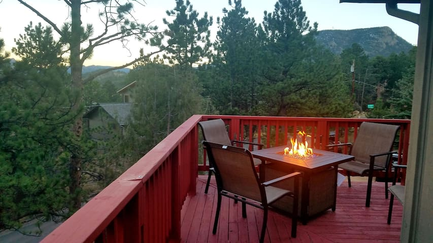 Relaxing Rocky Mountain Retreat near Fall River