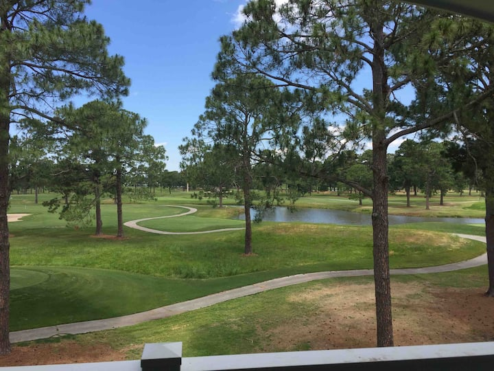 2 BR CONDO WITH STUNNING VIEWS OF THE GOLF COURSE.