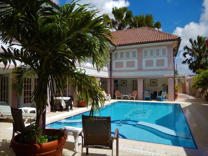Kamerlingh Villa - Private Room 2-4