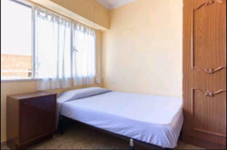 Habitación luminosa y acogedora - Alacant - Appartamento