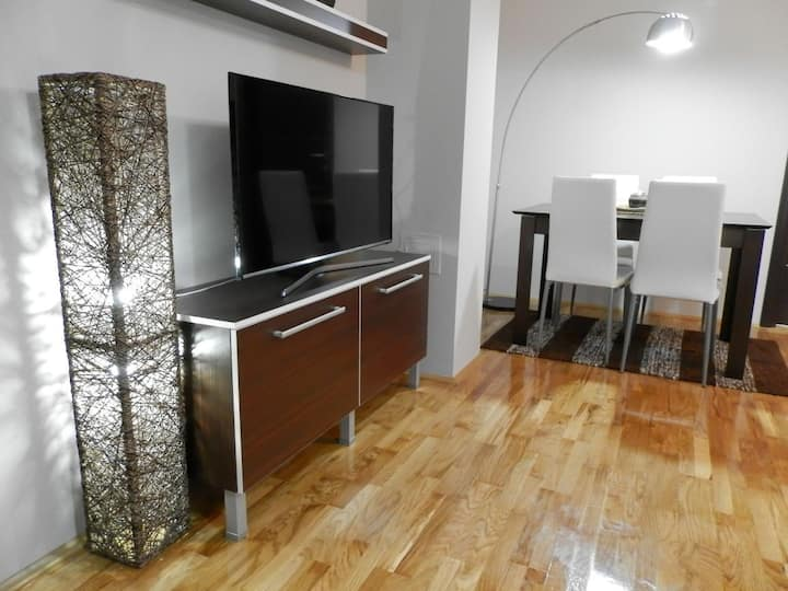 Malkovski *Luxury* apartment