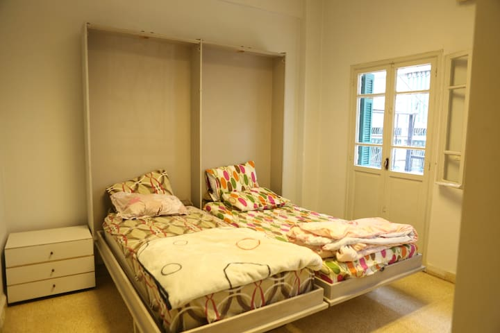 Charming double BedRoom  with a big balcony - Beirut - Apartmen