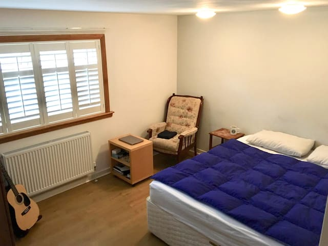 Comfortable room in a convenient place