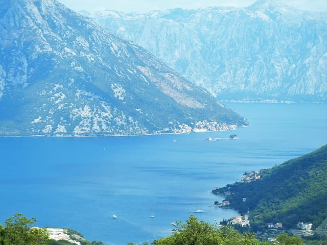 Entire floor with a panorama view on the Kotor Bay - Gornji Morinj - Other