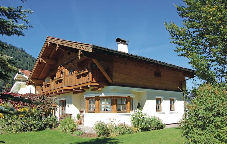 Holiday apartment with 2 bedrooms on 58m² in Kleinarl