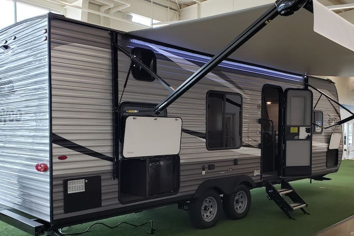 Brand new 2021 Jayco travel trailer for rent!