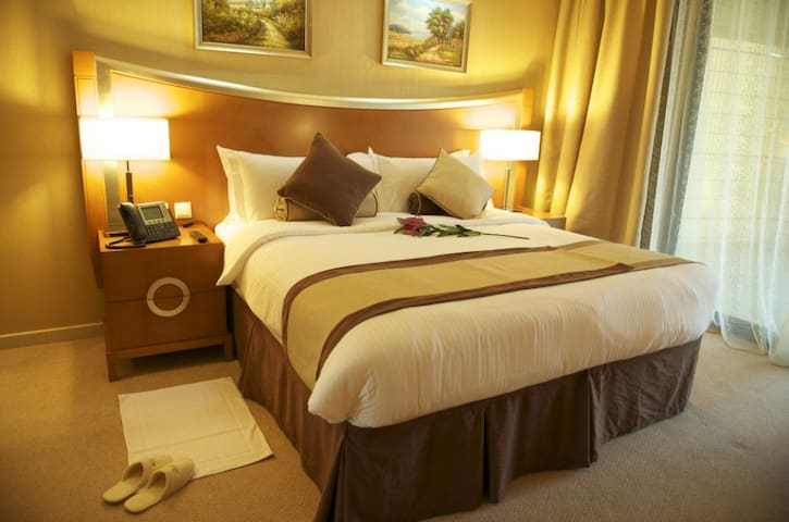 FULLY PRIVATE STUDIO IN HOTEL APARTMENT WITH CLEAN