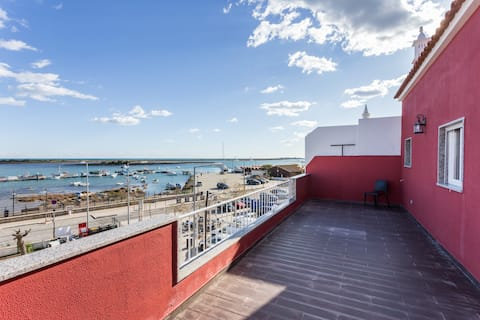 Seafront flat & sublime terrace near Golf Benamor