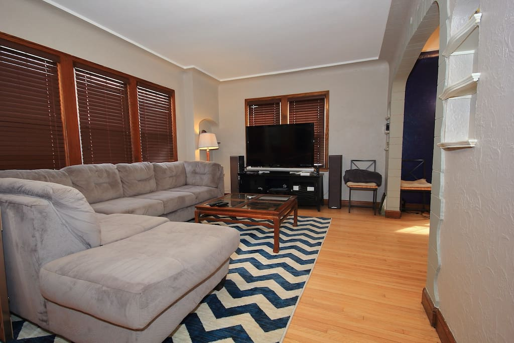 Welcoming Living Room.