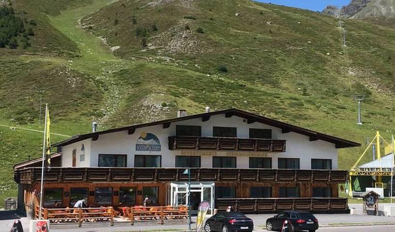 Sonne & Schnee Ferienwohnungen direkt in Kühtai