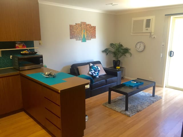 PRIVATE Fully Self Contained Unit - Healesville - Apartment