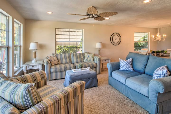 Upscale Abode w/ Pool < 5 Miles from Jensen Beach!