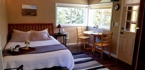 Fusion Farmhouse Homestead Guest Suite