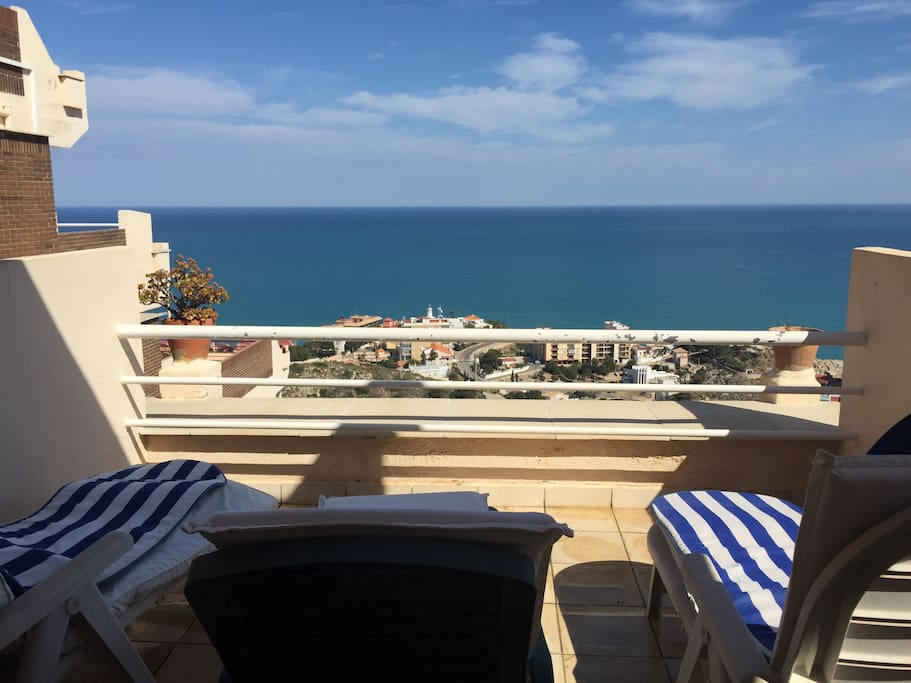 Fabuloso piso con vistas al mar condomini in affitto a for Pisos con vistas al mar