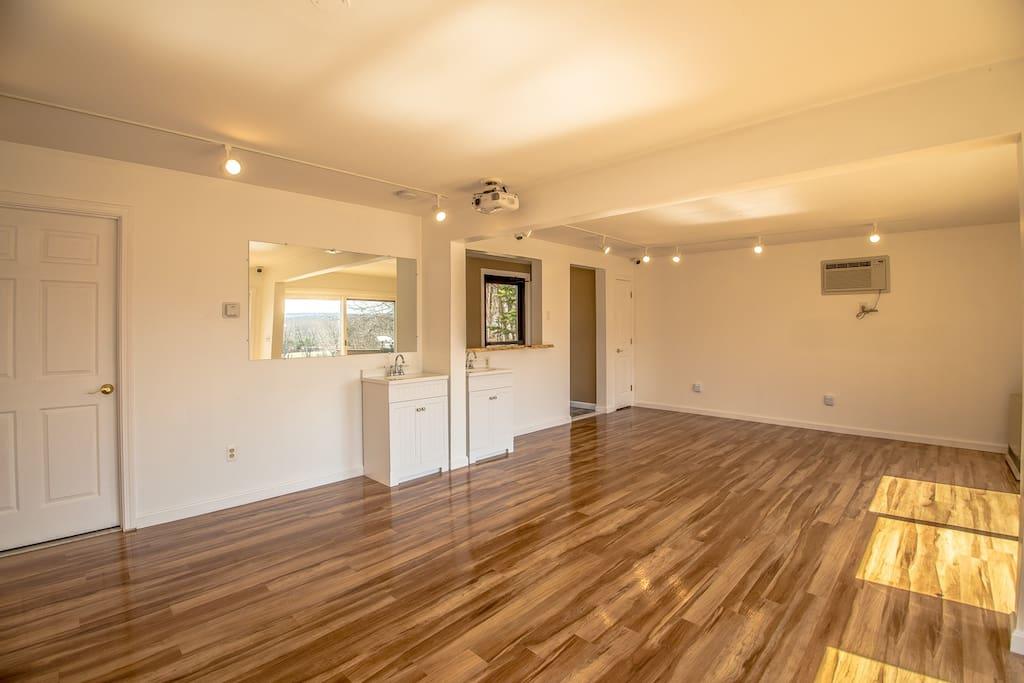Samuel O'Reilly House Studio Room #8