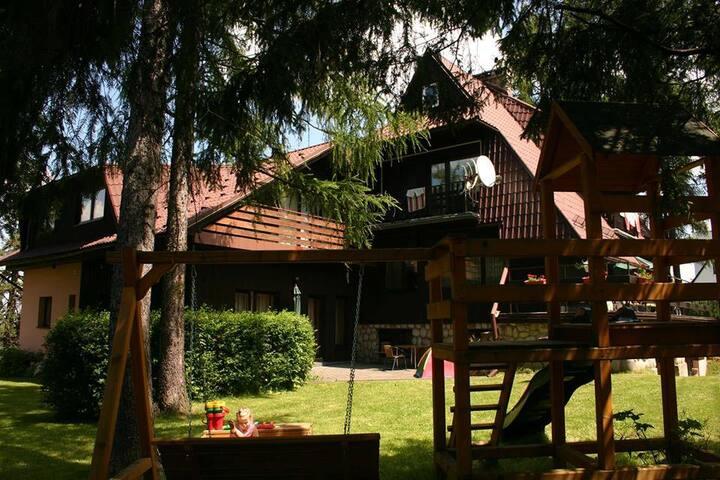 Villa Słonecznego Wzgórza 1 - Zakopane - Bed & Breakfast