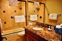 Juniper Lodge : Luxury Estate #298
