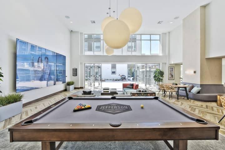 Amazing 2-Bedroom Luxury Apartment  - Disneyland