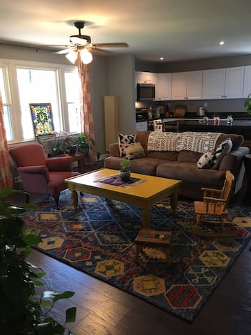 Large open floor plan with plenty of room to relax