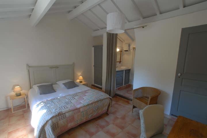 Mas de Redoulès Room Rentals, St Cirq Lapopie