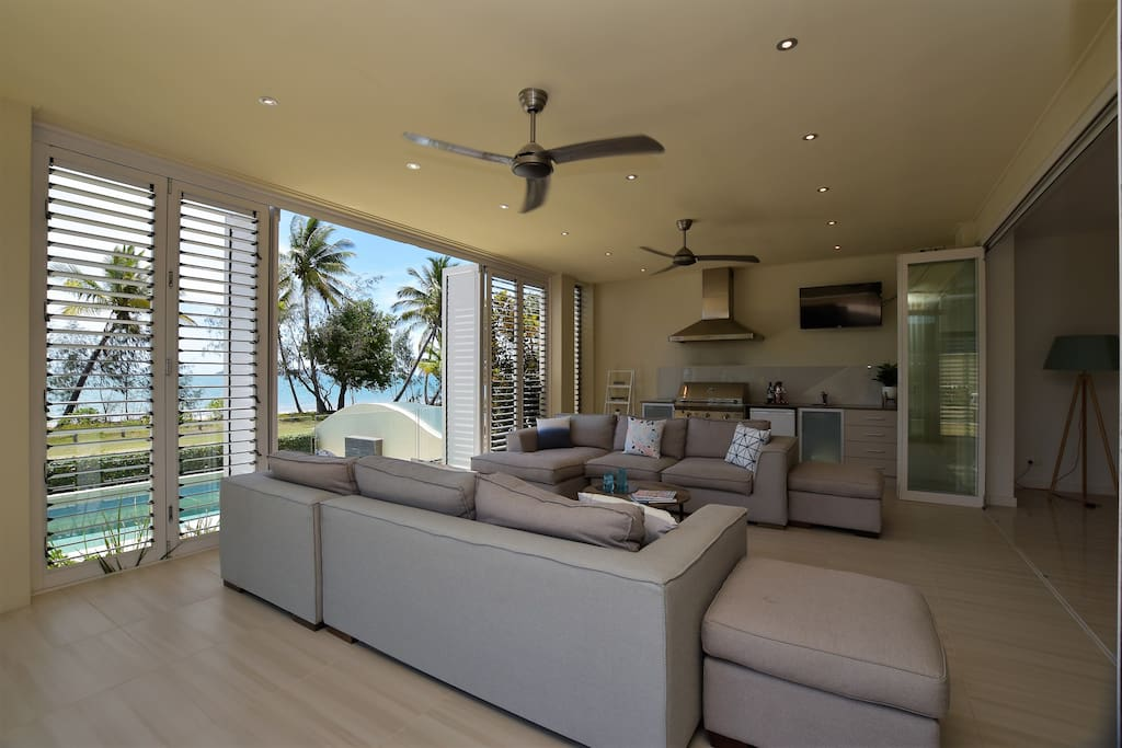 Indoor/Outdoor Entertaining