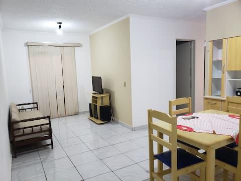 Apartamento bem localizado.