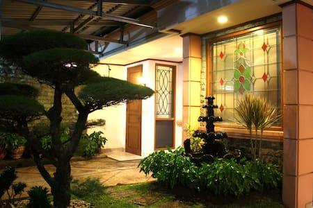 Great location Full Private Home in Gandaria - Daerah Khusus Ibukota Jakarta, ID