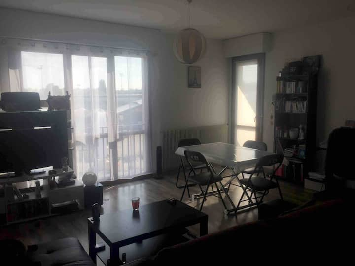 Appartement spacieux, proche des commodités