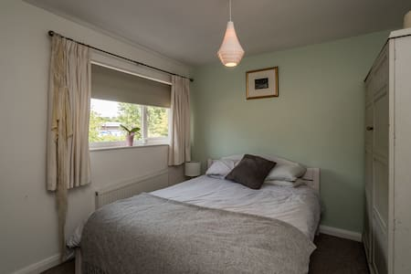 Central Marlow - double room