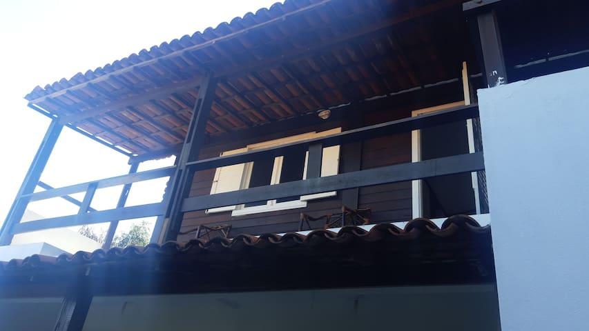 Flat com varanda pertinho da praia Tamandaré (202)