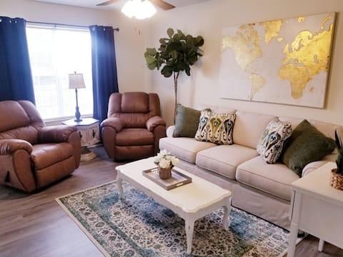 Another Crossroad 2BR/2.5BA Short & Long Term Stay
