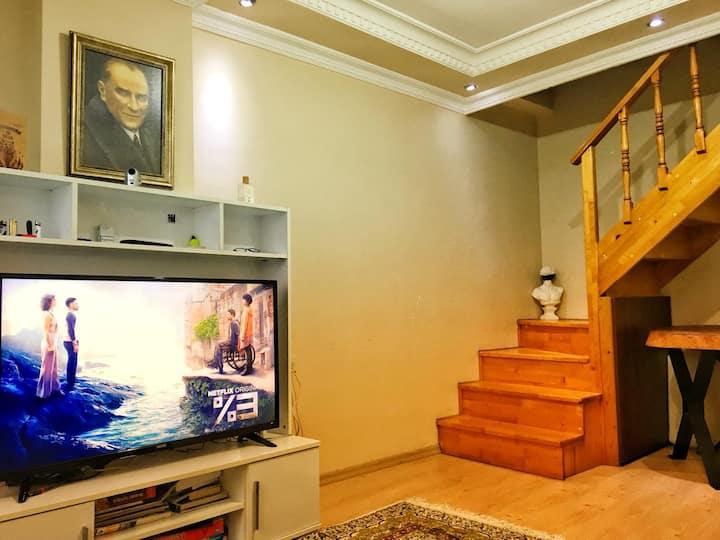Feel as your home!   4.Levent   Çatı Katı 2