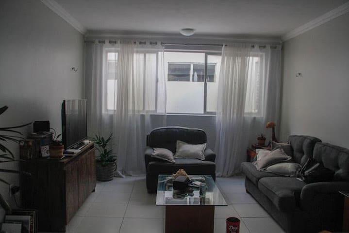 Apartamento Completo na principal de Intermares