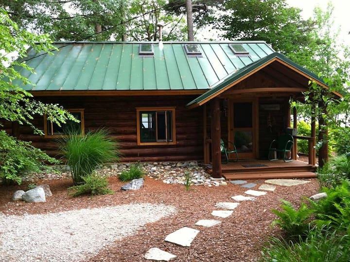 Tuckaway Log Cabin on Bar Lake: Walk to Big Lake