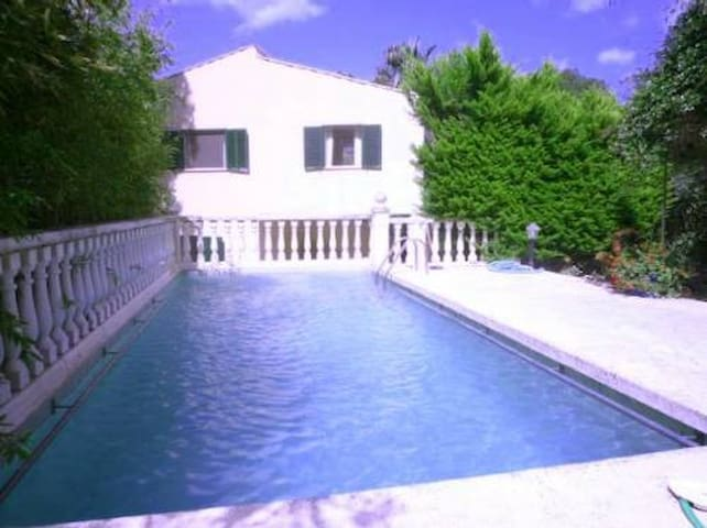 M2F2330 Ferienfinca mit Pool Canyamel; max. 4 Pers - Canyamel - Haus