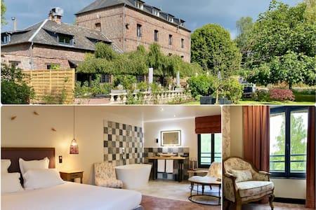 Romantique Deluxe #6 - 16th Century Mill - Hotel