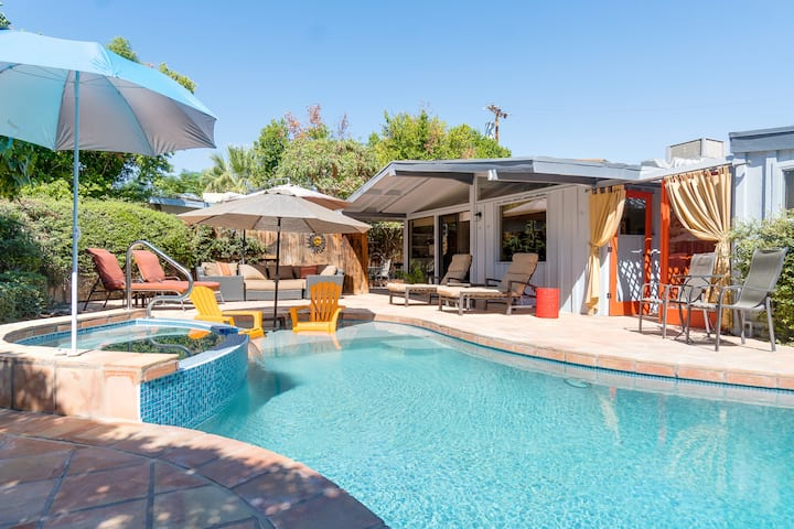 Palm Desert Oasis in the Desert - Resort-Style Retreat w/ Pool