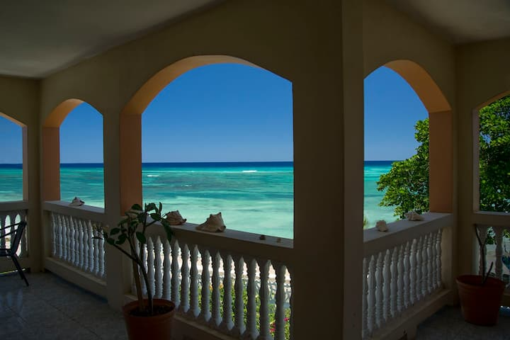 Calypso Villa Jamaica 1 bedroom (unit 5)