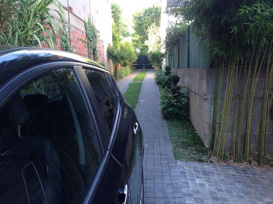 Allee privee pour garer la voiture