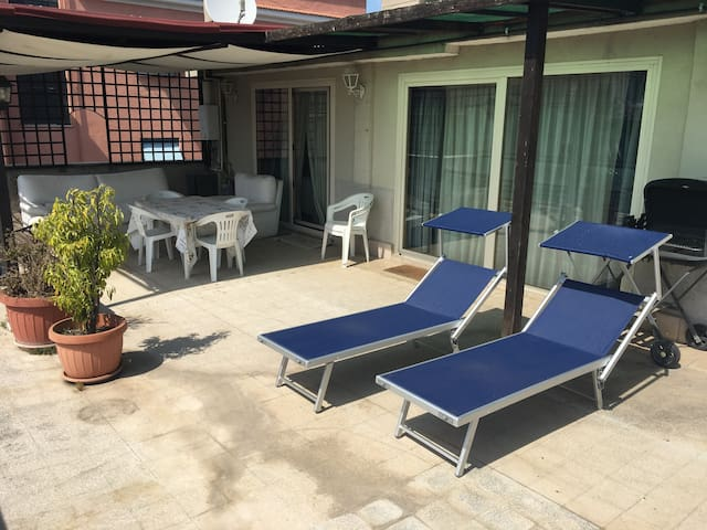 Sunny Penthouse with a big terrace (FIBER 100Mbps)