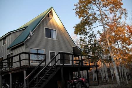 Uinta Mountains Retreat - Oakley - Blockhütte