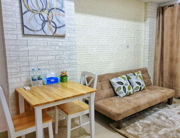 The Nest Stylish 2BR Apartm with Sofabed Gym&Pool