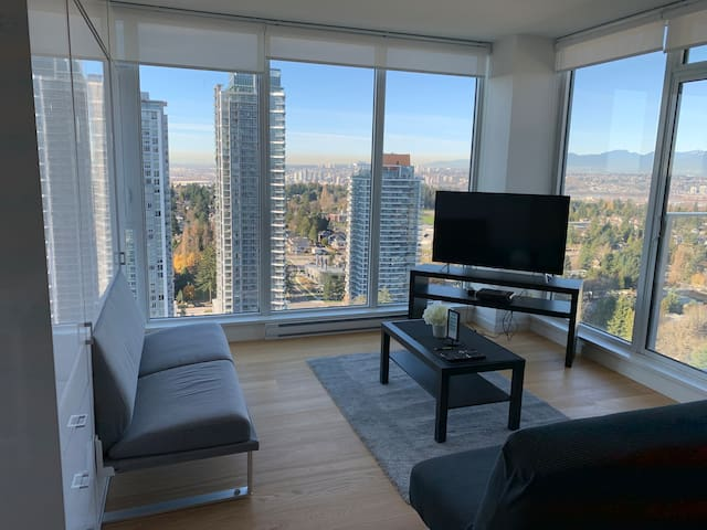 Spacious new condo with views in the City Centre
